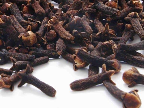 Pure Clove Bud Essential Oil